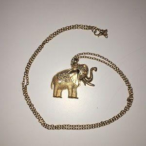 Jewelry - Elephant necklace